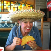 Photo taken at Pineda Tacos #3 by Leslie D. on 9/3/2013