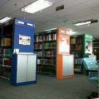 Photo taken at Perpustakaan BPPT Gedung 2 Lt.4 by Rasikha Anasha on 7/10/2013