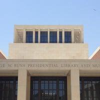 Foto tomada en George W. Bush Institute por Meaghan B. el 6/26/2013