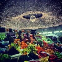 4/29/2013 tarihinde Irene Y.ziyaretçi tarafından Danilovsky Market'de çekilen fotoğraf