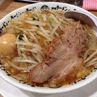 Photo taken at 野郎ラーメン 本郷三丁目店 by koki on 7/8/2014