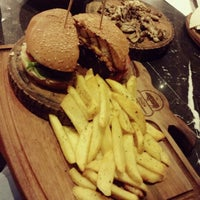 Foto tirada no(a) Boğa Kasap Steakhouse por Buse Y. em 11/12/2015