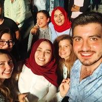 Photo taken at Akdeniz Üniversitesi Alanya İşletme Fakültesi Şenlik Alanı by Büşra U. on 5/12/2016