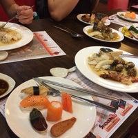 Photo taken at Shogun Japanese Buffet Restaurant by Deardarleng on 2/12/2014