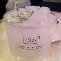 6/13/2013 tarihinde Carles G.ziyaretçi tarafından Dry Martini'de çekilen fotoğraf