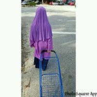 Photo taken at Pasar Malam Bandar Seri Putra by UmiAbiNini on 8/2/2016