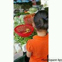 Photo taken at Pasar Jalan Raja Alang by UmiAbiNini on 11/6/2016