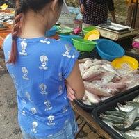 Photo taken at Pasar Malam Bandar Seri Putra by UmiAbiNini on 8/26/2017