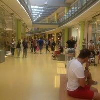 Foto scattata a Centro Commerciale Vulcano Buono da Carlo F. il 7/13/2013