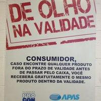 รูปภาพถ่ายที่ Pão de Açúcar โดย Ricardo H. เมื่อ 10/23/2012