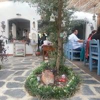 6/30/2013 tarihinde Aslihan Ö.ziyaretçi tarafından Radika Restaurant'de çekilen fotoğraf