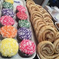 Foto tirada no(a) Beiler's Doughnuts por Pao!!! em 1/3/2016
