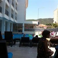 Photo taken at Alinda Beach Hotel Marmaris by TC Hamide G. on 7/24/2013