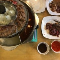 Photo taken at Flaming Steamboat by Faridd B. on 12/22/2016