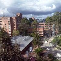 Photo taken at Facultad de Ingeniería. Edificio 11 José Gabriel Maldonado S.J. by Daniel H. on 11/2/2014