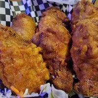 Photo prise au Cross Street Chicken and Beer par Joe le9/18/2018