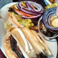 Снимок сделан в Tioli's Crazee Burger пользователем Joe 7/2/2013