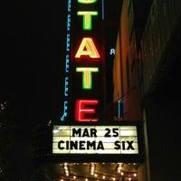 Das Foto wurde bei Stateside Theatre @ the Paramount von Robert R. am 3/10/2013 aufgenommen