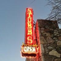 Photo prise au Stubb's Bar-B-Q par Robert R. le3/11/2013