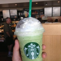 Photo taken at Starbucks by Sayxon L. on 8/10/2013