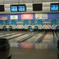 Photo taken at Zelluloos Bowling by Andrus R. on 6/11/2013