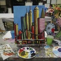 Foto scattata a Paint Party Studios da Aliah A. il 6/21/2014