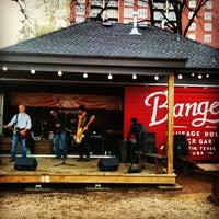 Foto scattata a Banger's Sausage House & Beer Garden da Derek G. il 3/8/2013