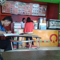 Photo taken at Quick Chicken by Kamil B. on 6/27/2013