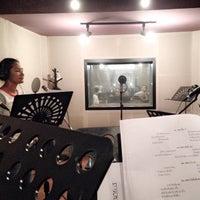 Photo taken at DBS Studio ห้องอ้ดเสียงตรงเหม่งจ๋าย by ทัศรีย์ ส. on 9/22/2014