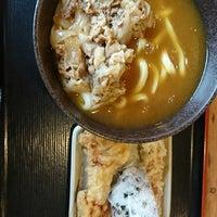 Photo taken at 讃岐製麺 熱田日比野店 by Matsu on 3/8/2018