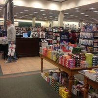 Photo taken at Barnes & Noble by dgalbers on 12/1/2012