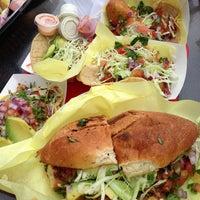 Photo prise au Oscar's Mexican Seafood par 👾 Salina le5/18/2013