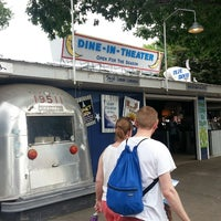 Photo taken at Blue Moon Dine-In Theater - MN State Fair by Tom S. on 8/27/2013