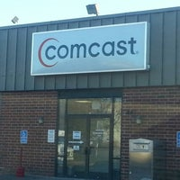 Photo taken at Comcast Service Center by Tom S. on 11/14/2013