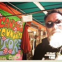 Photo taken at Laurel Canyon Country Store by Phil G. on 7/22/2017