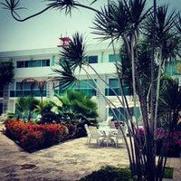 Foto tomada en Los Cocos por Enrique C. el 5/22/2013