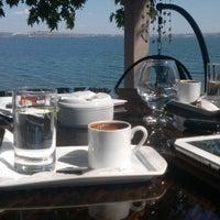 Photo taken at Çınar Ağacı Restaurant by 💫OnurŞeyda💫 on 5/26/2013