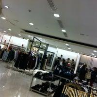 Foto diambil di Zara oleh Juan M. pada 12/29/2012