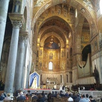 Photo taken at Duomo di Monreale by Isabel on 9/12/2015