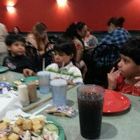 Photo taken at Gatti's Pizza by Pifaa R. on 6/21/2013
