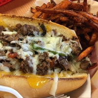 Photo taken at Fresh Grill Burgers & Fries by Golifer on 11/23/2015