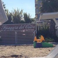 Foto scattata a La Spiaggia Del Cuore 110 da Laura F. il 9/25/2013