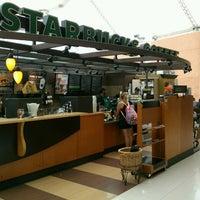 Photo taken at Starbucks by Antony F. on 8/15/2013