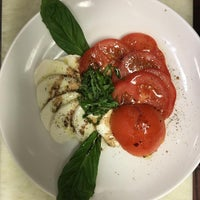 Photo taken at FreshCrust Trattoria by Trattori F. on 9/14/2016