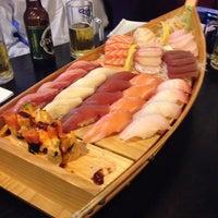 รูปภาพถ่ายที่ Tokyo Sushi โดย Jules F. เมื่อ 6/10/2014