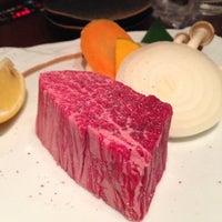 Photo taken at 凱旋門 by Masa F. on 3/10/2014