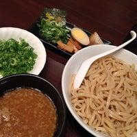 Photo taken at つけ麺らーめんダイニング 春樹 by ちょっきむ c. on 9/21/2013