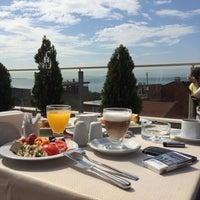 5/2/2014 tarihinde Владимирziyaretçi tarafından Almina Hotel'de çekilen fotoğraf