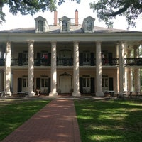 Photo taken at Oak Alley Plantation by Hollie M. on 5/27/2013
