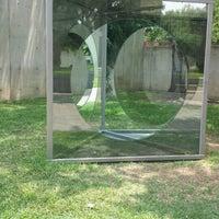Foto scattata a Cullen Sculpture Garden da Lauren C. il 7/4/2013